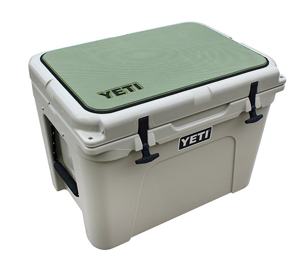 YETI Tundra 65 Sea Dek Olive Green Traction Casting Pad